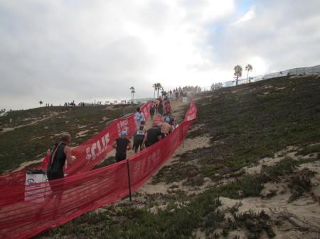 この坂を三回上り下り、写真はスイムの時のものです。